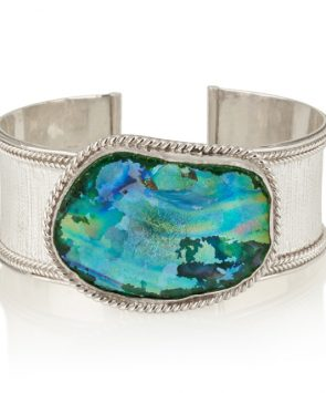 Hand made silver bracelet with ancient Roman glass